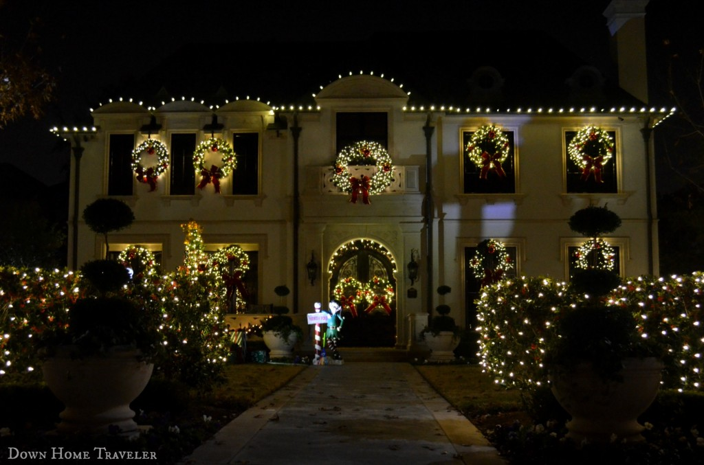 Holiday Light Hunting in Highland Park | Down Home Traveler