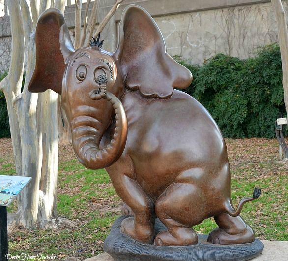 Dr. Seuss, Everman Park, Abilene Texas, Storybook Sculpture, Horton Hears A Who