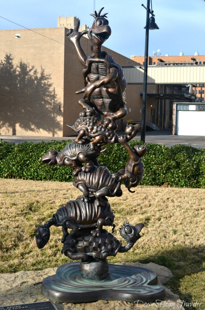 Dr. Seuss, Everman Park, Abilene Texas, Storybook Sculpture,  Yertle the Turtle
